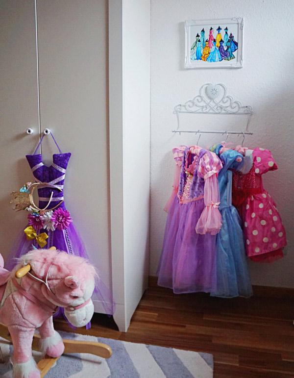 dress-up-1