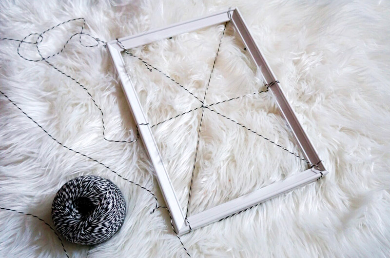 spider-web-frame-diy-3