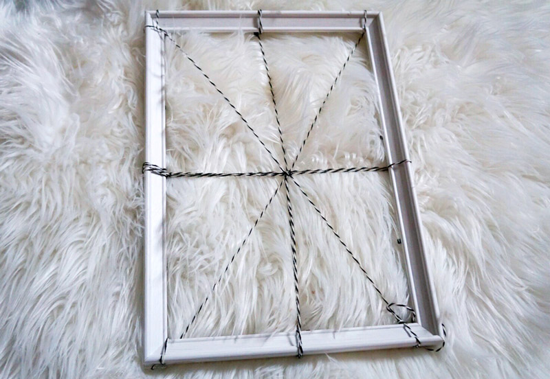spider-web-frame-diy-4